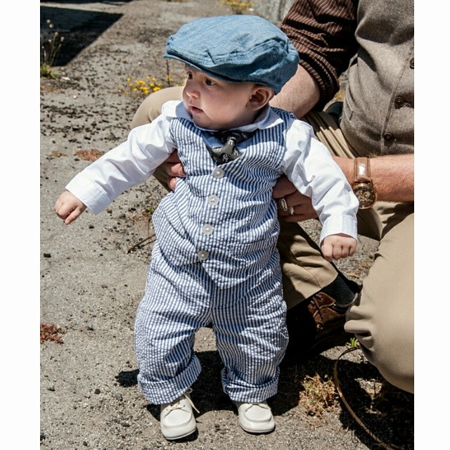 One of the latest #trigandpolished men, #baby Dashell working his #seersucker #suit #tie #newsboyhat and #vintagebabyshoes that used to be his grandfather's from #1950s #stylishbaby #babygentleman #babytrig #babygent #haberdashery #bespoke #sartorialist #menswear #menstreetstyle  #fatherandson #menthatdresswell #stylishguy #menwhodresswell #instafashion #babyclothes #babysuit #dressedup #seersuckersuit #whitebabyshoes #vintage #vintageshoes #babyboy